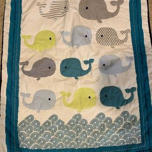 Baby bumpers comforter and 2bottom sheets